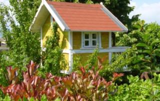 Costruire una casetta sull' albero - build a little house on the tree