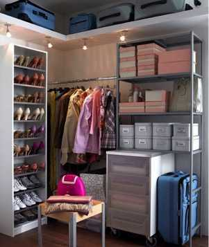 La cabina armadio quando una serie tv impone una moda - Accessori cabina armadio ikea ...