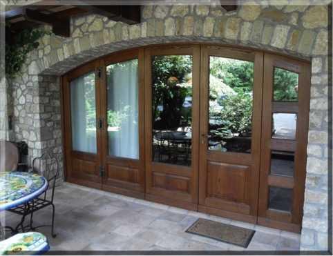 Serramenti in legno alluminio o pvc for Infissi esterni in legno