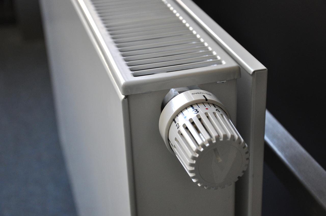 Riscaldamento a bassa temperatura, risparmio e base emissioni